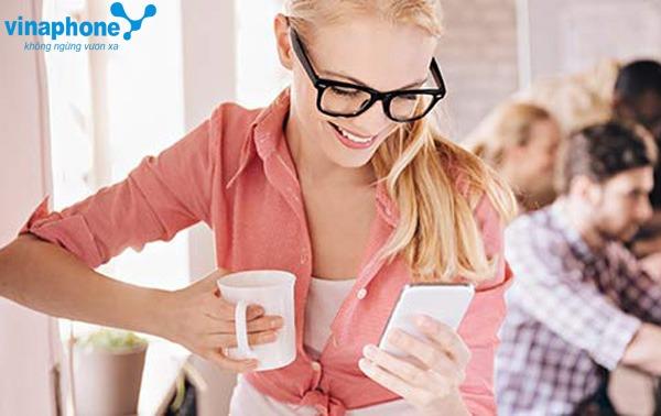 khuyến mãi Vinaphone tặng 50% thẻ nạp