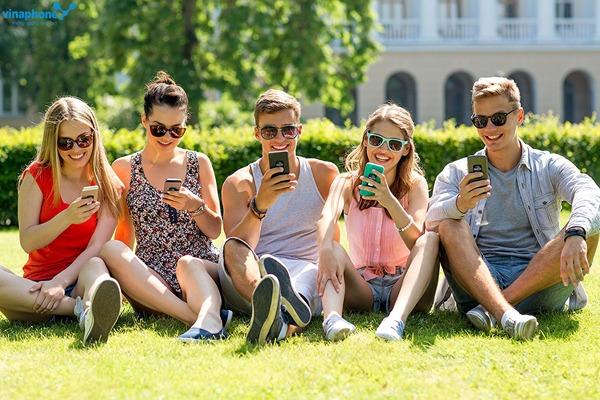 Vinaphone tặng 50% thẻ nạp duy nhất ngày 14/2/2017